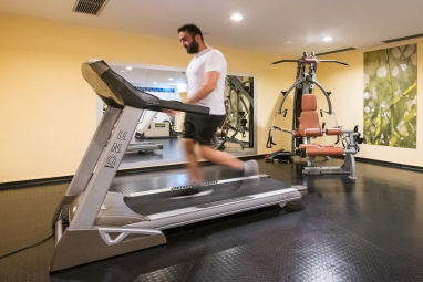 Fleming´s Express Hotel Wuppertal: Fitness-Center
